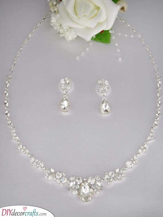 Classic Teardrop - Wedding Earrings and Bridal Necklace