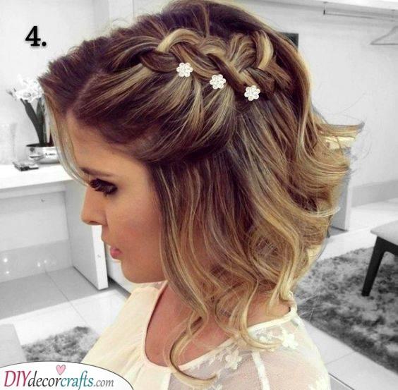 Tiny Hairpins - Wedding Hairstyles for Medium Hair