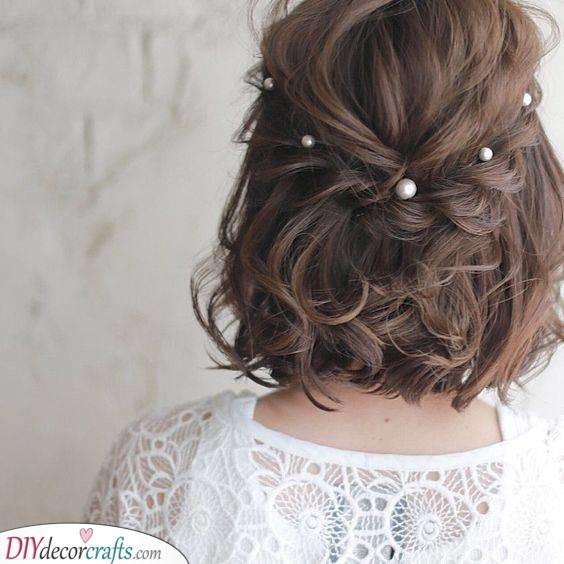 Pretty Pearls - Medium Length Wedding Hairstyles