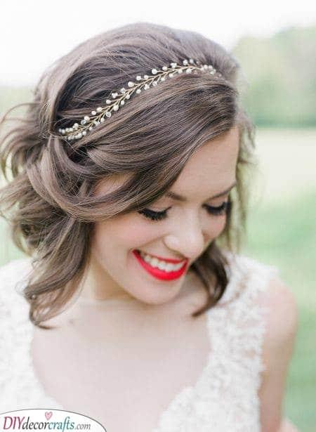Gorgeous Hair Vines - Wedding Hairstyles for Medium Hair