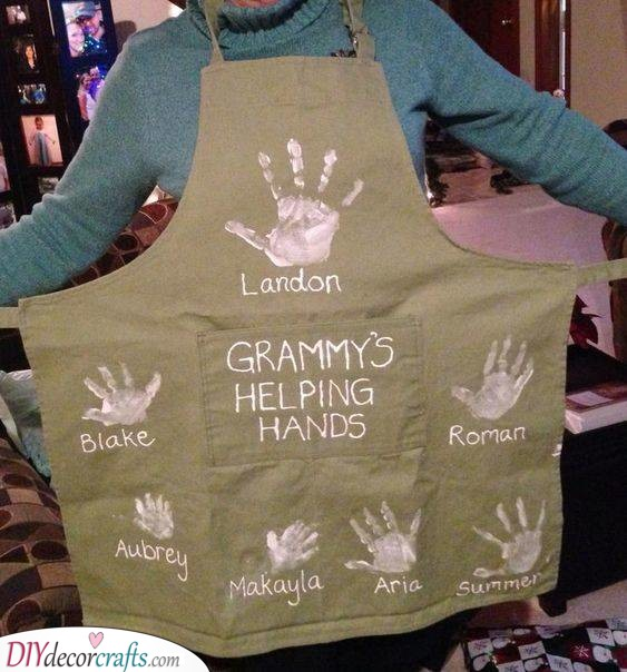 Grandma's Helping Hands - An Adorable Apron