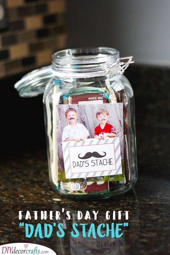A Gift Stache - A Jar of Presents