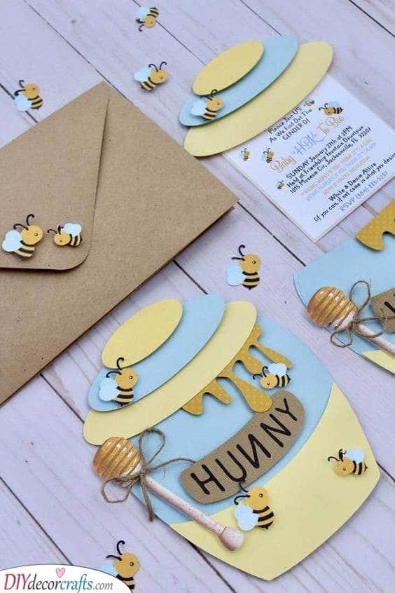 A Bit of Honey - Baby Shower Invitation Ideas
