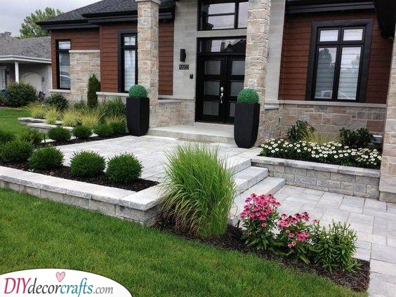A Chic Entrance - Front Yard Landscaping Ideas on a Budget