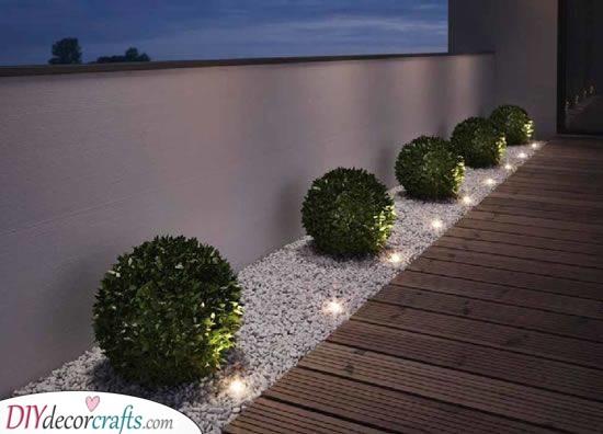Modern Refinement - Front Yard Landscaping Ideas