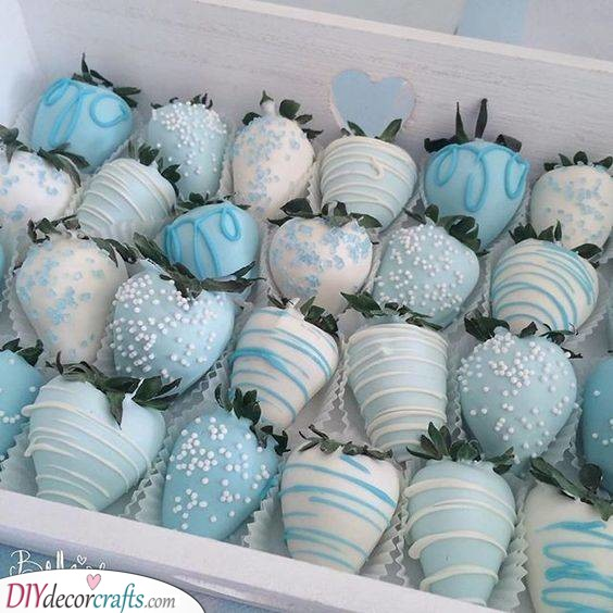 Chocolate Strawberries - Gender Reveal Ideas