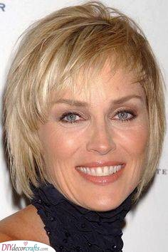 A Stylish Look - Short Hairstyles for Older Women