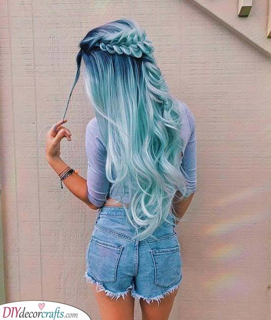 A Blend of Blue - Unique Hair Colours