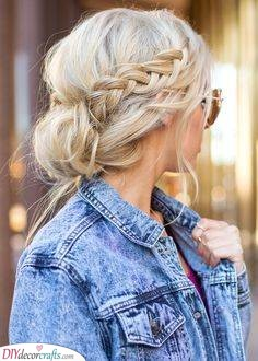 An Image of Beauty - A Messy Updo