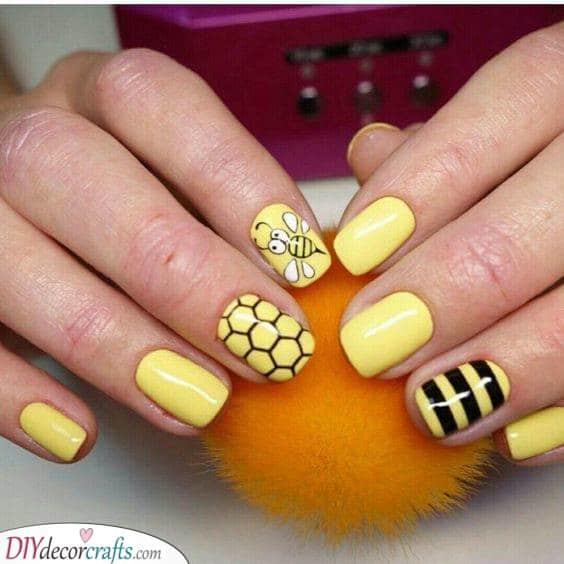 Buzzing Bees - Cute Animal Inspired Nails