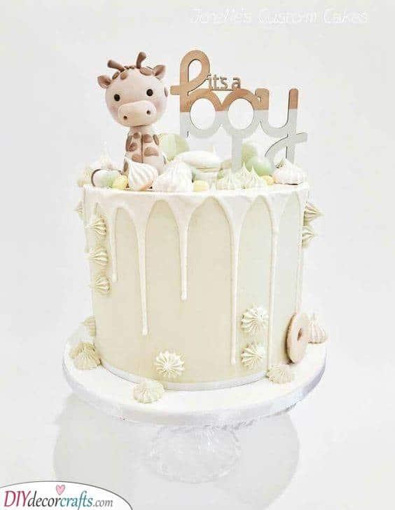 A Sweet Giraffe - Baby Shower Cake Ideas for Boys