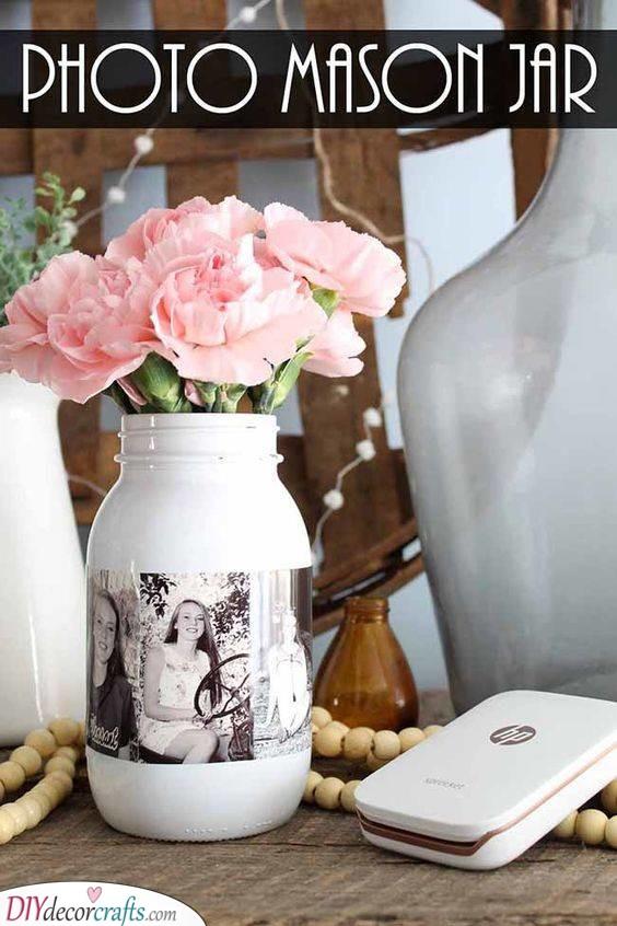 A Vase of Memories - Mason Jar Crafts