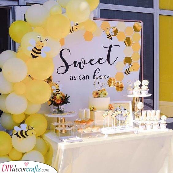 Sweet as Can Bee - Baby Shower Decoration Ideas