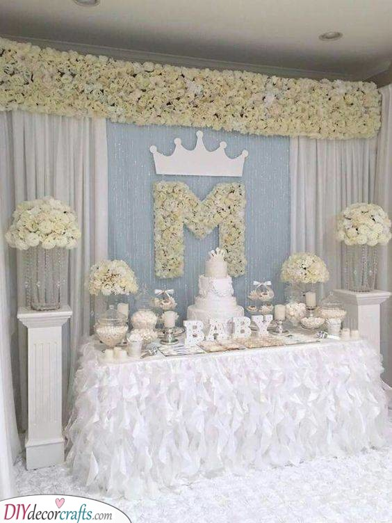 Beautiful White - The Perfect Baby Shower Themes