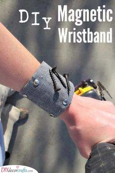 Magnetic Wristband - Awesome Presents