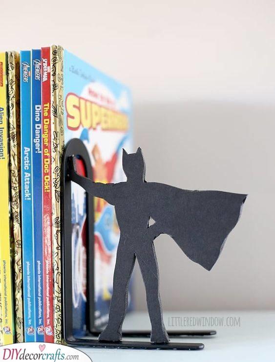 A Superhero Bookend - Fantastic Decor