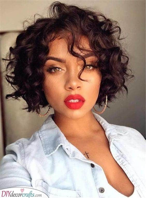 A Curly Bob - Hairstyles for Natural Curly Hair