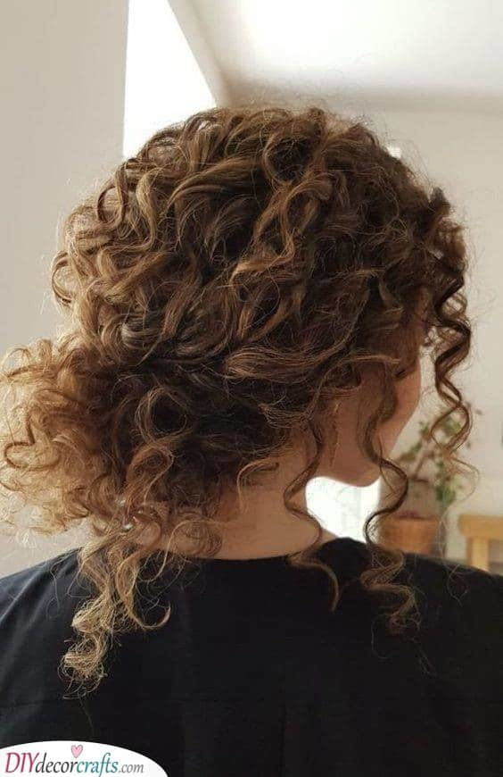 An Easy Downdo - Embrace Your Untamed Hair