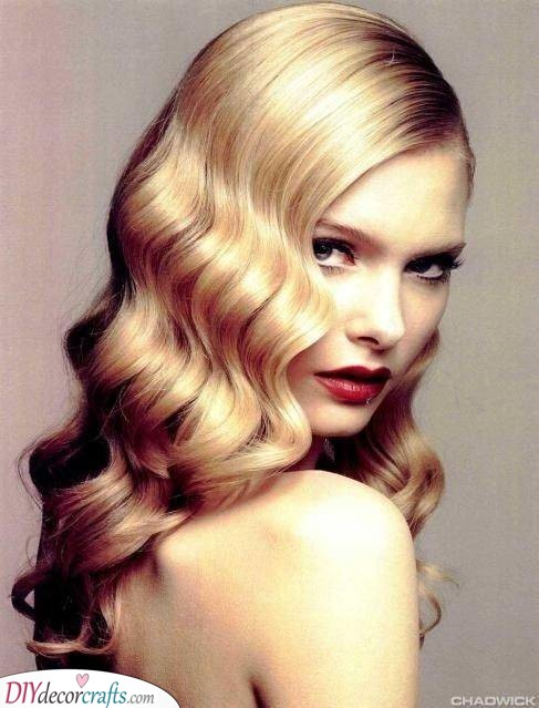 Romantic Glamour - A Hollywood Appeal