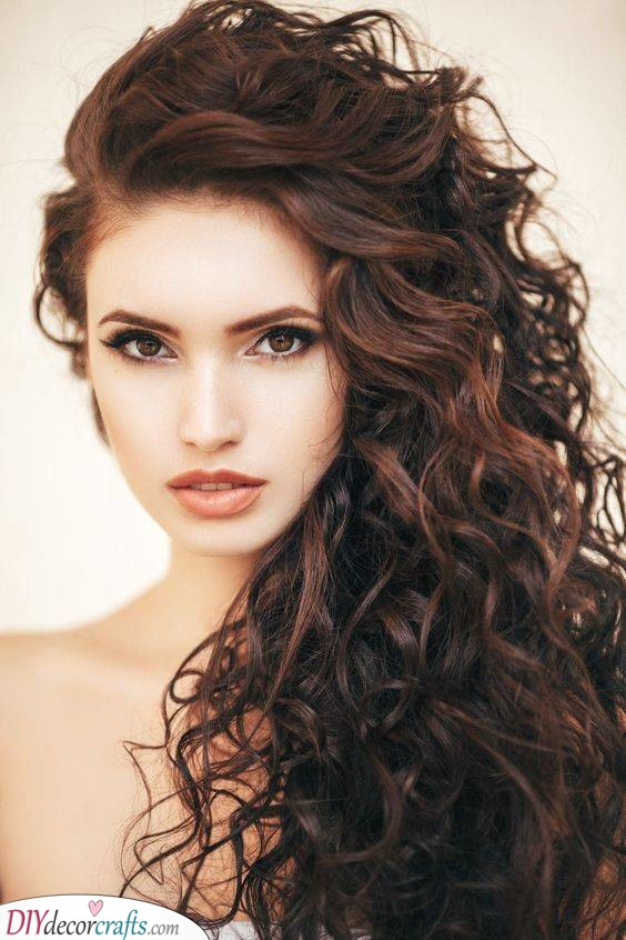 Big and Fierce - Curly Hairstyles for Long Hair