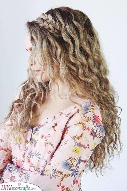 A Dreamy Braid - With Loose Curls