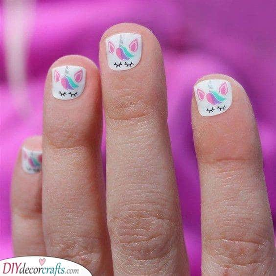 Mini Unicorns - Unicorn Nails for Kids