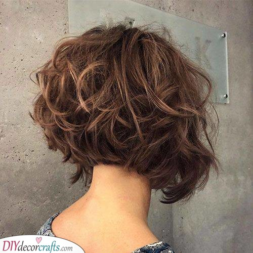 A Curly Bob - Stunning Short Curly Hairstyles