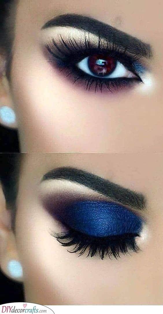 Deep Blue - Smokey Eye Makeup
