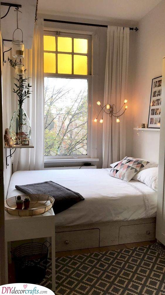 Cosy and Cute - Small Bedroom Decorating Ideas on a Budget