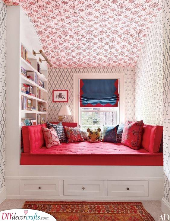 An Array of Patterns - Bedroom Ideas for Small Rooms