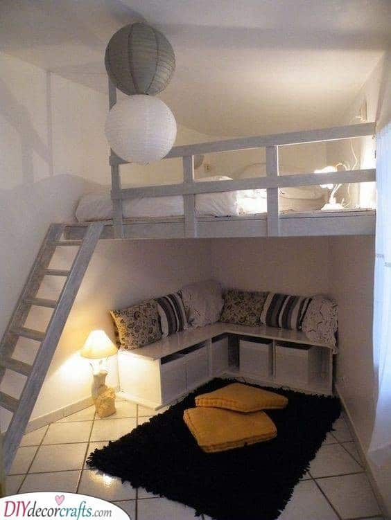 Fabulous Loft - Small Bedroom Decorating Ideas on a Budget