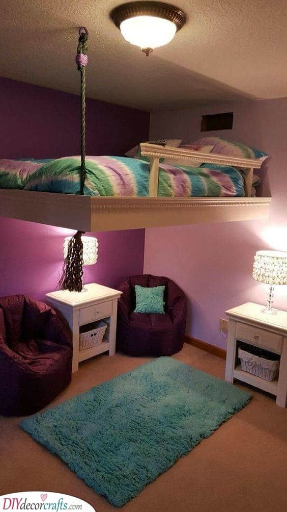 A Hanging Bed - Climbing Up