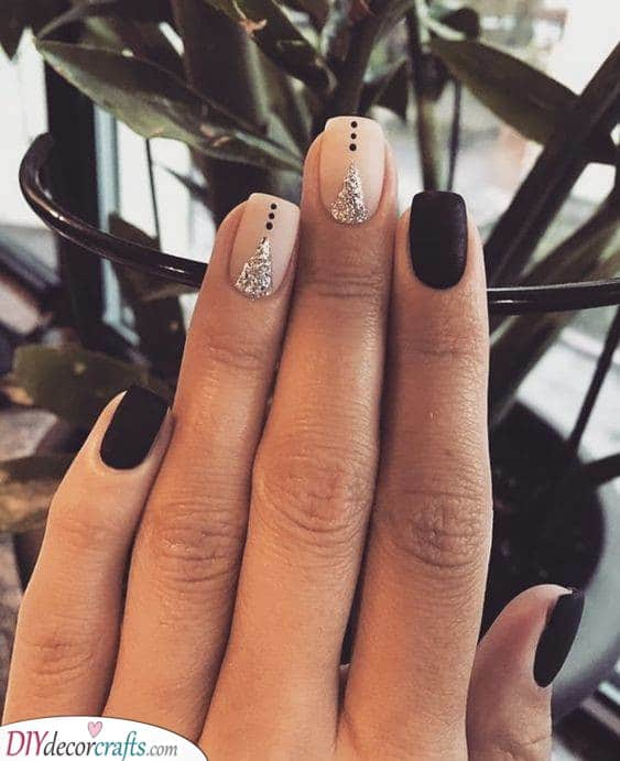 Creative and Divine - Perfect Short Nail Design