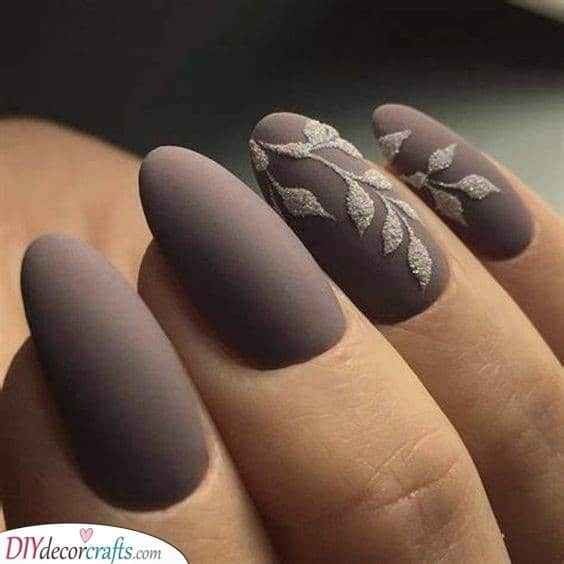 Glam Up Your Nails - Matte With Glitter
