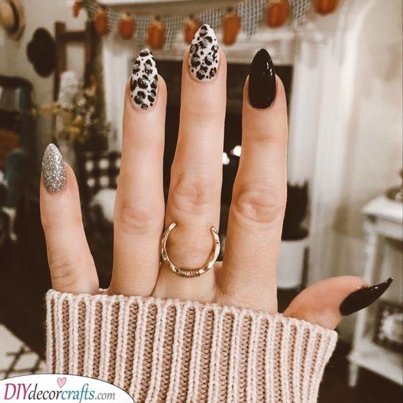 Leopard Spots - Glamorous Almond Shaped Nails