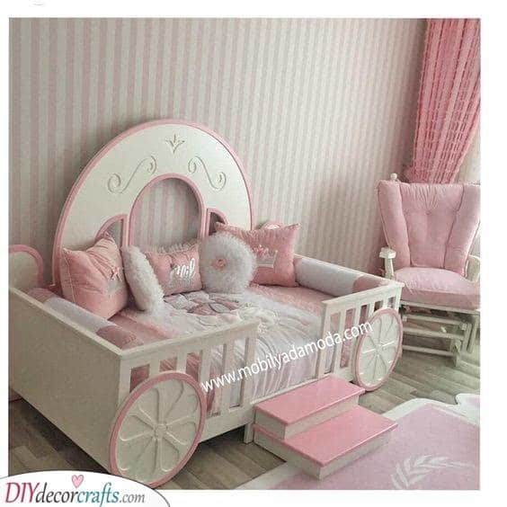 A Carriage - Pretty in Pink