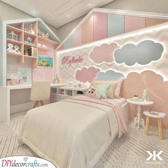 Big Fluffy Clouds - A Unique Room
