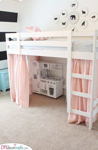 Cooking Under the Bed - Cute and Fun