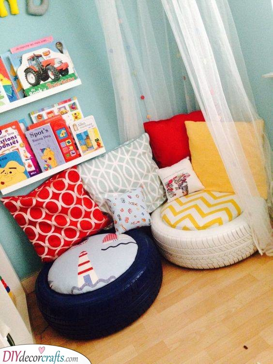 A Play Corner - Little Girl Bedroom Ideas for Small Rooms