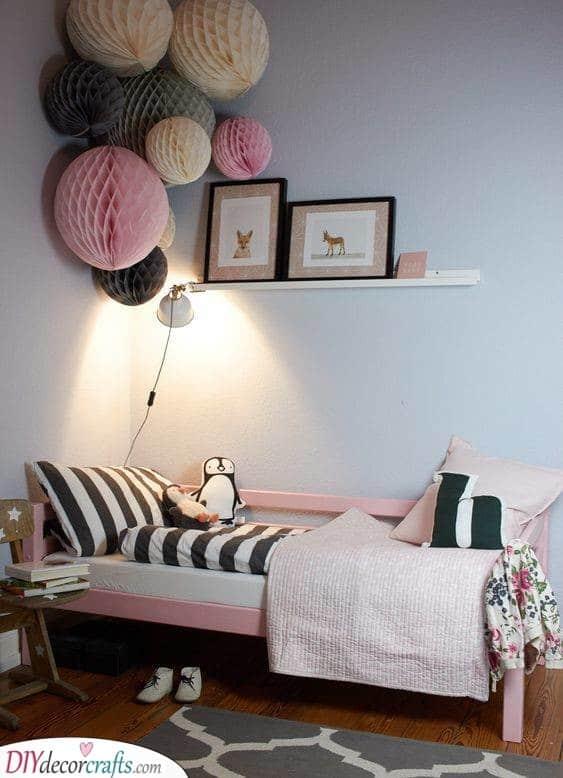 Paper Honeycomb Balls - Kids Room Design