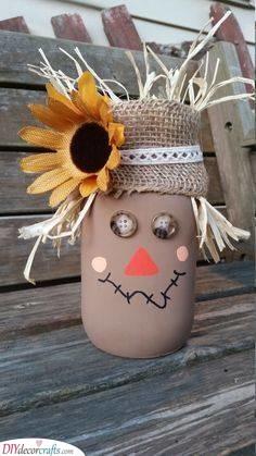 Scarecrow Mason Jar - Cute Fall Table Decor