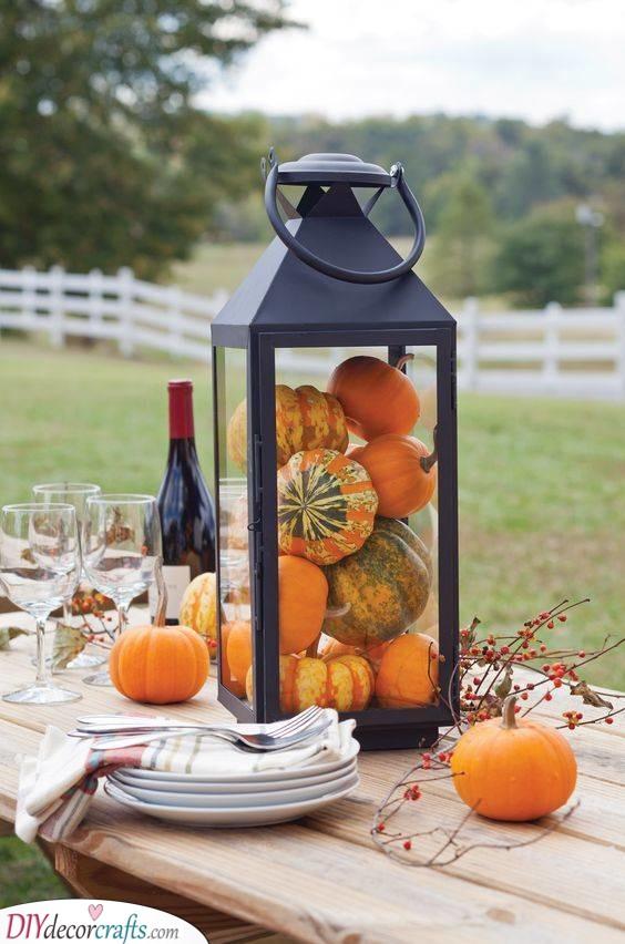 A Rustic Look - Autumn Table Decoration Ideas