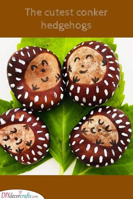 Conker Hedgehogs - Cute Fall Crafts for Toddlers