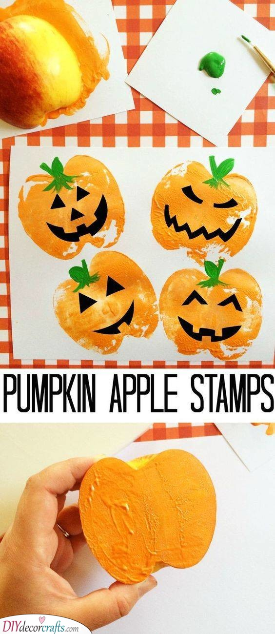 Pumpkin Apple Stamps – Fantastic Fall Crafts for Toddlers