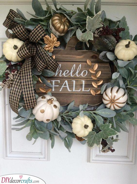 A Hint of Gold - Fall Wreaths for Front Door
