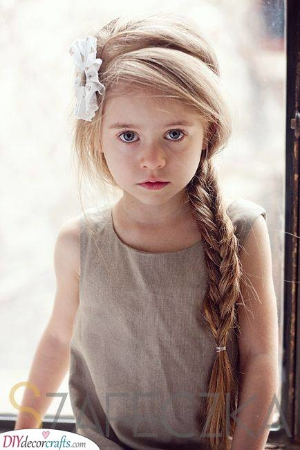 A Simple Braid - Kids Hairstyles for Girls