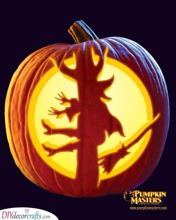 A Wicked Witch - Easy Pumpkin Carving Ideas