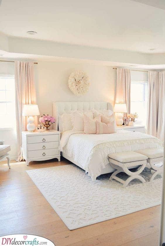 Using Pastel Shades - Small Master Bedroom Ideas