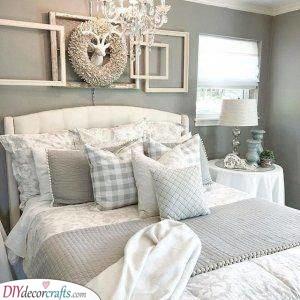 An Elegant Look - Small Master Bedroom Ideas