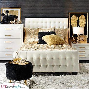 Black and Gold - A Room of Sophistication